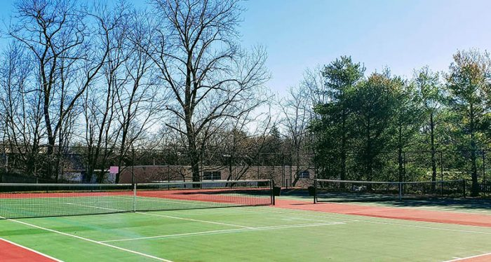 tennis courts at mill pond acres